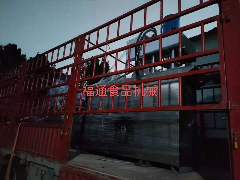 客户订购80吨、150吨大压力粉末压块机各一台